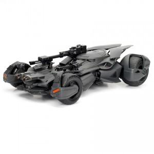 Jada 1:24 Die-Cast 2017 Justice League Batmobile & Batman Car Model Collection